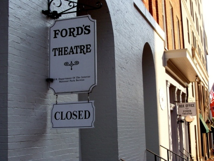 Ford's Theater Closed Sign