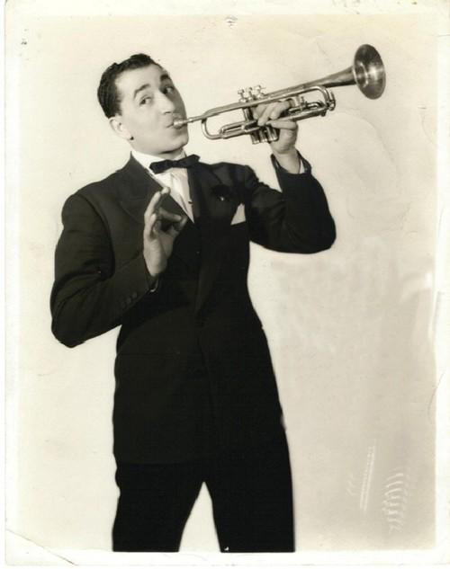 Louis Prima And His Orchestra - Baciagaloop / Just A Gigolo